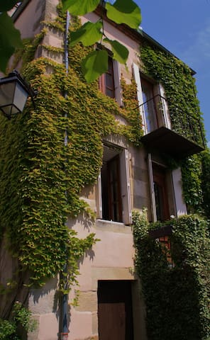 Chambres d'hôtes Swann 3 personnes - Le Montet - Townhouse