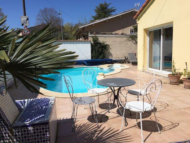 Charmante petite maison avecpiscine - Castanet-Tolosan - บ้าน
