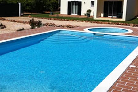 House with terrace & shared pool - Algoz