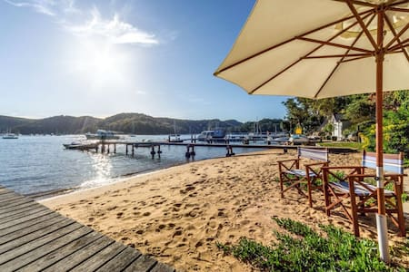 Pittwater waterfront beach house - Scotland Island - บ้าน