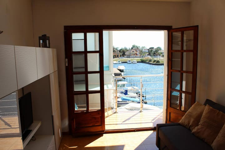 appartement calme en bord de canal - Empuriabrava - Apartment