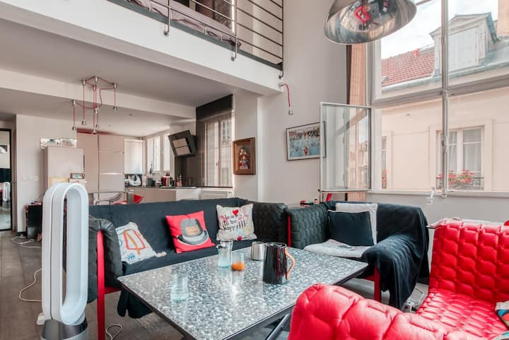 DESIGN AND BRIGHT LOFT IN THE HEART OF PARIS - NEAR EIFFEL TOWER