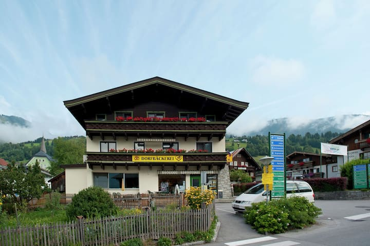 Beautiful Apartment in Uttendorf with Mountain View