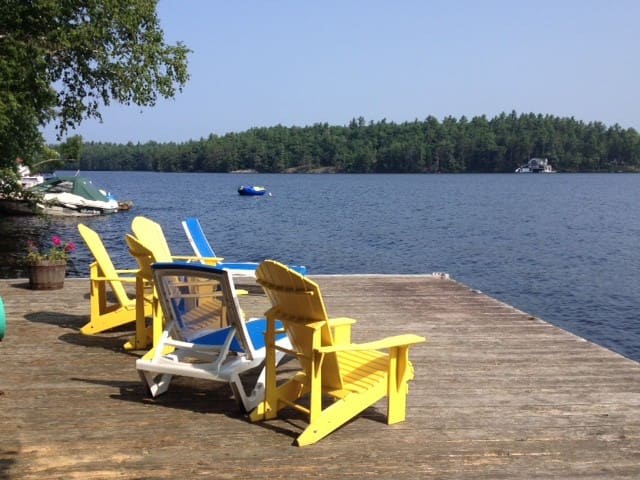 Lake Muskoka Cottage - Torrance