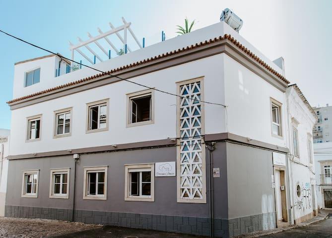 Hostel Dreams House