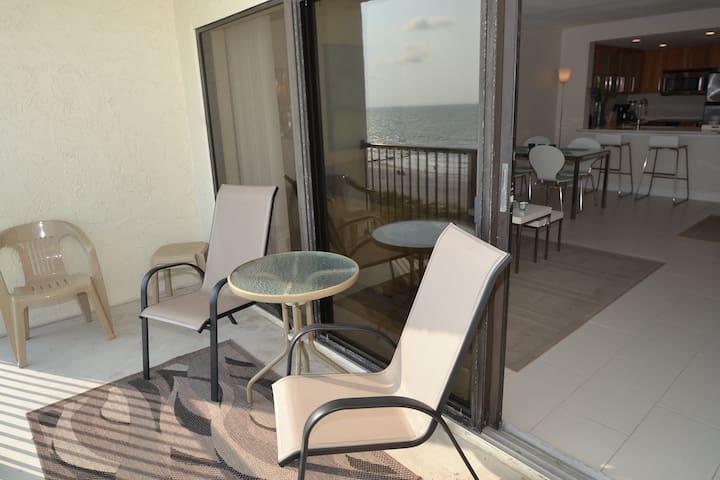 Ocean Sands 504 - Madeira Beach - Apartment