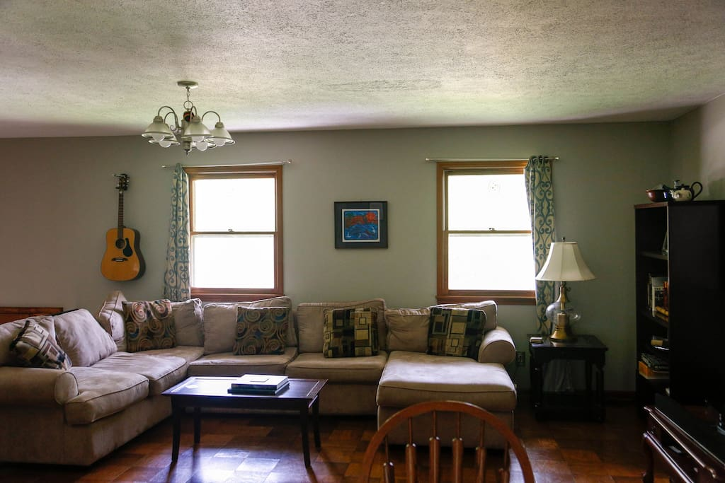 living room center bloomington indiana 6 beds 3 bedroom flat houses for rent in bloomington 21281