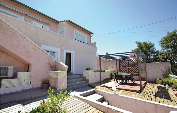 Holiday apartment with 1 bedroom on 40 m² in Les Angles