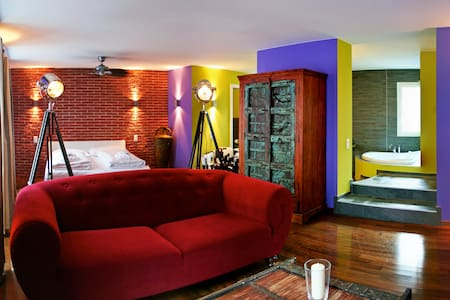 West & Village - Melide - Boutique hotel
