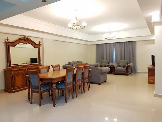 Al Faris Suites II