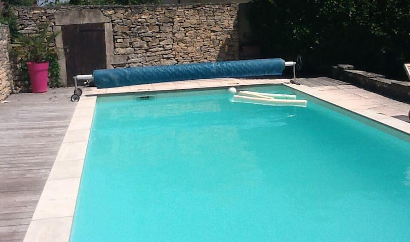 Grande maison avec piscine - Four - Casa