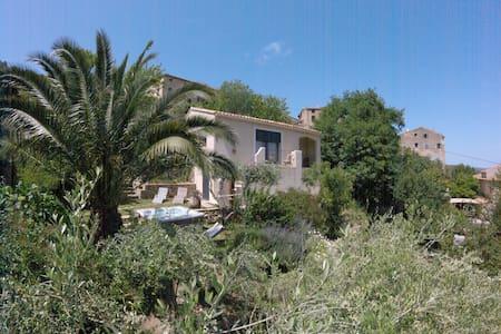 villa entre mer et montagne - Feliceto