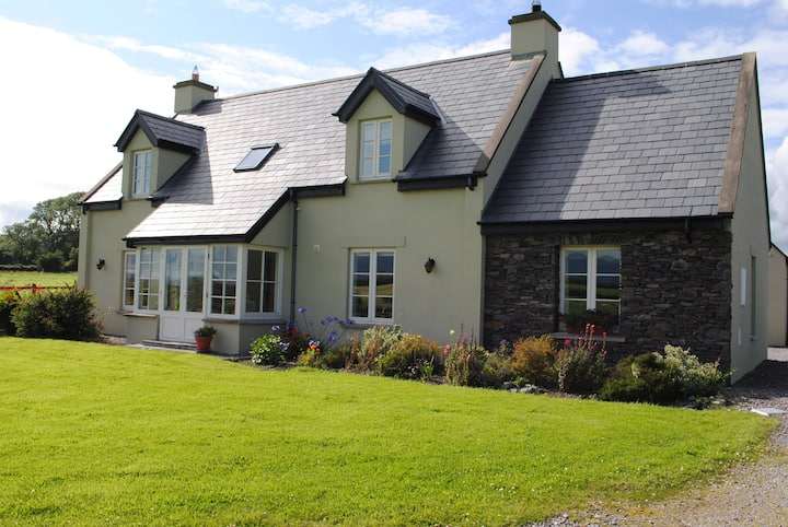 Ring of Kerry Country Retreat + 5 Star  Breakfast