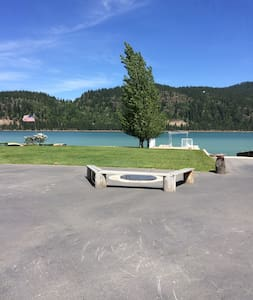 The Tin House, Pend Oreille River - Priest River - Rumah