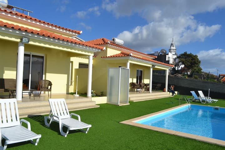 Casa Diana Pool and Sea views - Arco da Calheta