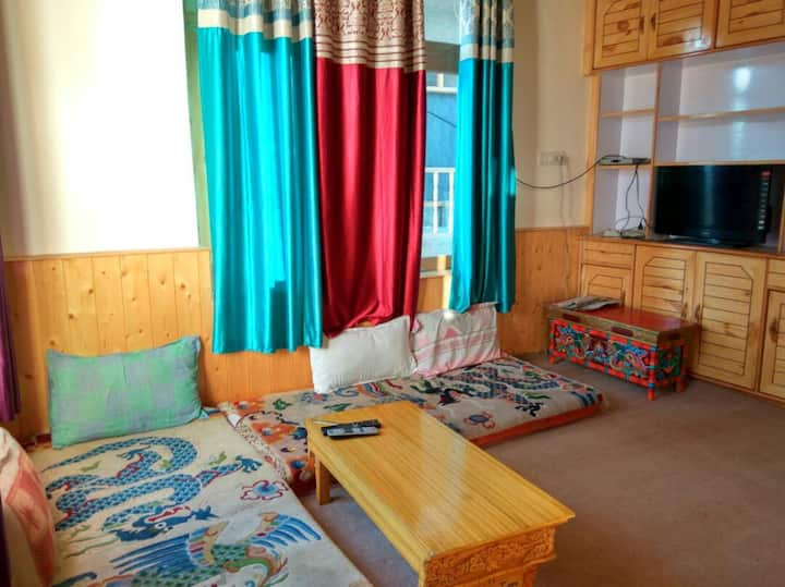 Achina Guest House