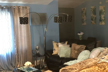 Private 1 Bedroom Comfy Stay, JFK 9 Mins Away!