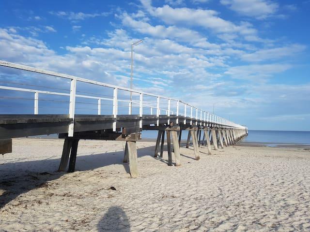 Getaway at Largs Bay