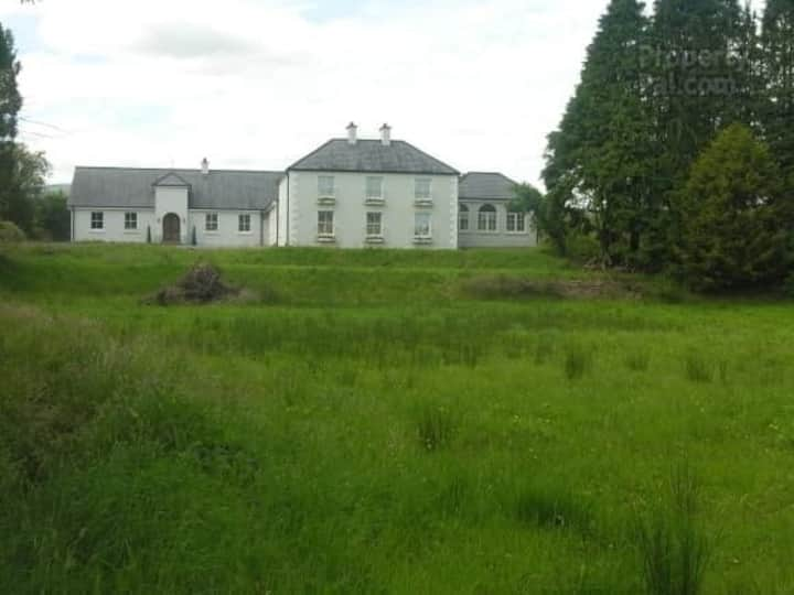 Three bedroom Apartment in Country House