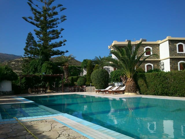 Apartment next to the pool in Crete,Sitia - Sitia - Apartment