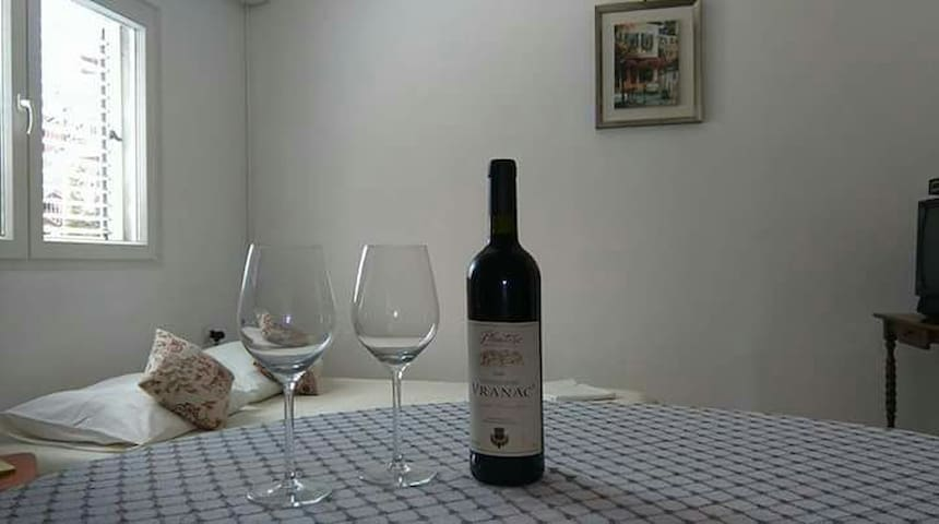 Romantic room - Tivat - Casa