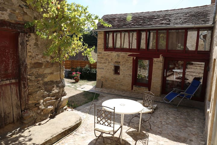 Charming house in Green Perigord - Saint-Paul-la-Roche - Talo