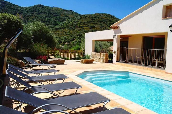 Villa avec piscine privée chauffée