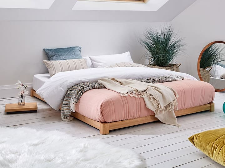 1 Bedroom with a garden