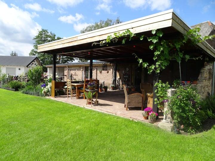 Casa Tranquilla, bedandbreakfastOoij.nl