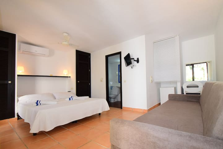 CALA AZUL DOUBLE ROOM - BUFFET BREAKFAST INCLUDED