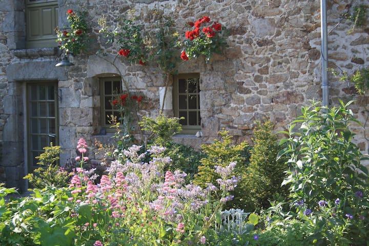 Charmante maison de campagne rénové en 2016 - Plouër-sur-Rance