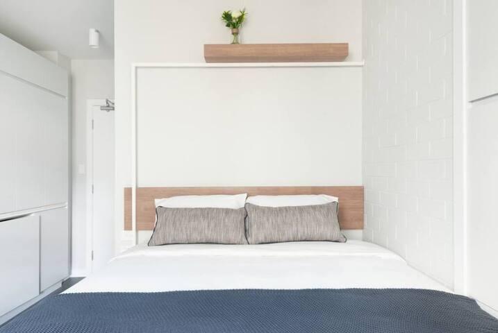 Paddington New studio apartment