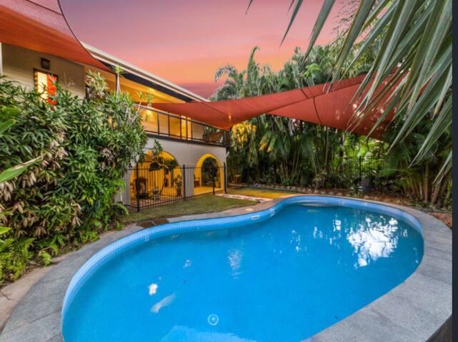Tropical Darwin Delight - Nightcliff - Huis