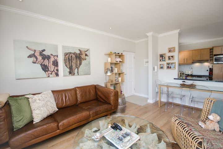 Daydreamers Nest - Luxury Apartment