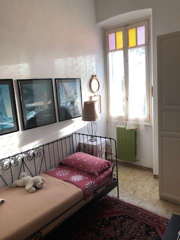 Welcome to 'Lungomare porto turistico' room
