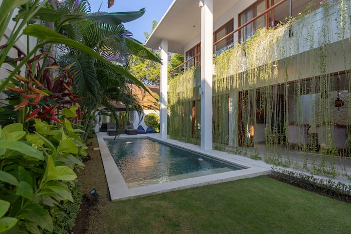 Villa Orchid: 3-bedroom Private Pool