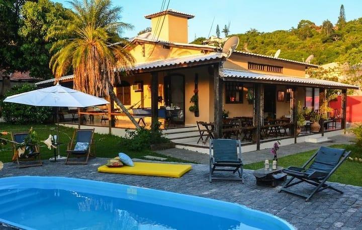 Casa en Geriba!!! 9 quartos 22 pessoas piscina