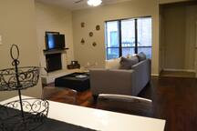 Large Apartment in the Galleria-Long Term Lease