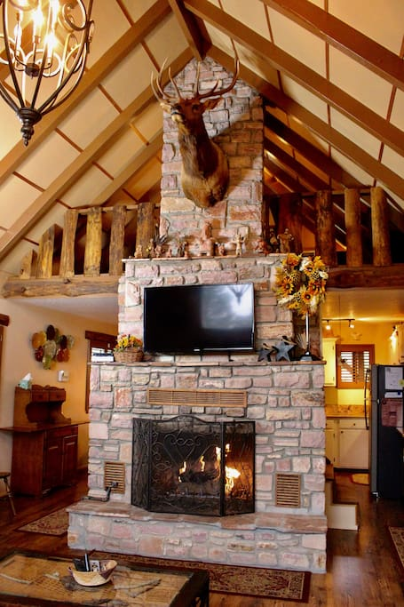Beautiful rock gas fireplace! Perfect for cozy evenings.