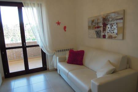 Delizioso appartamento fra campagna e mare - Suvereto - Lejlighed