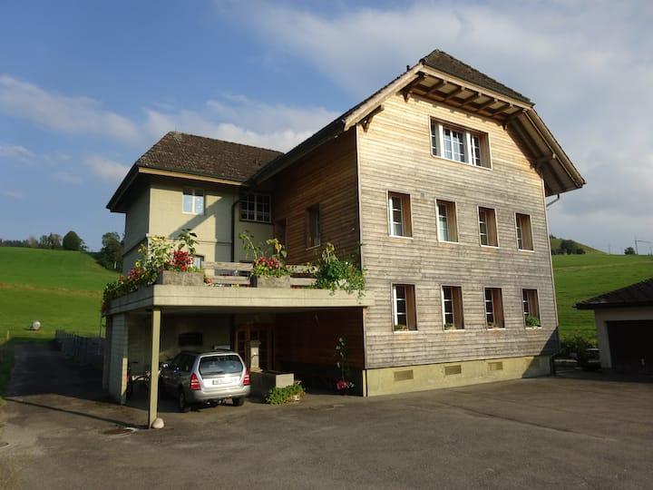 Studio Altes Schulhaus Kleinegg
