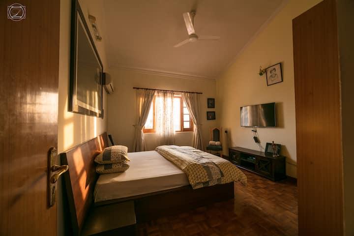 Mahavan,organic &eco friendly The Yellow Room