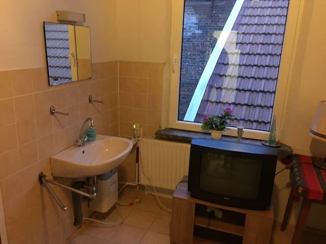 Schöne Einzelzimmer am Weener Hafen - Weener - Bed & Breakfast
