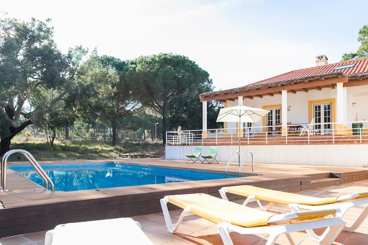 Spacious holiday home, Comporta.