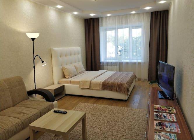 "FRESH ROOM ""Апартаменты на Грибоедова"""