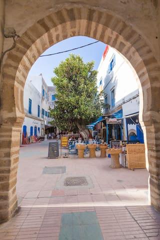 Appartement lumineux sur petite place typique - Essaouira - Byt