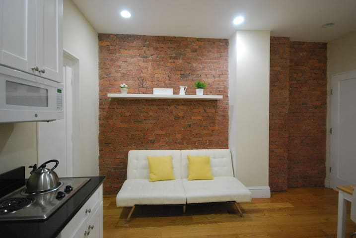 Empire state two bedroom apt at great location