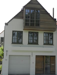 Charming house along Damse Vaart - Damme