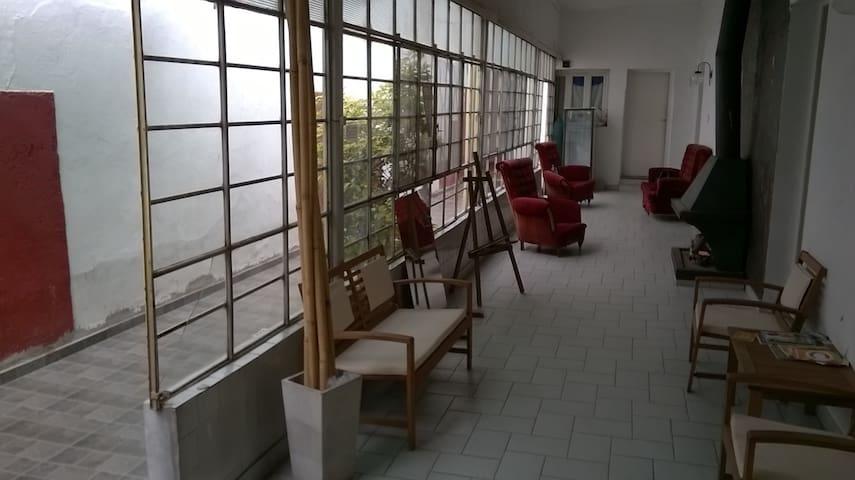 LINDA CASA CON EXCELENTE UBICACION - เมนโดซา - บ้าน