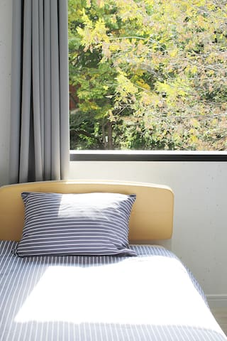 Twin room near Beomeosa temple,Busan bus Terminal - Geumjeong-gu - Pension